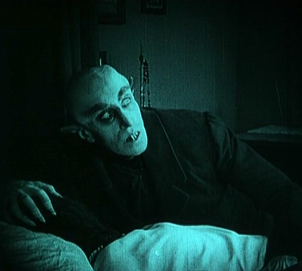 essays on nosferatu 1922 Fw murnau's 1922 horror film nosferatu: i have to say this is one of the best essays/movie reviews i've ever read.